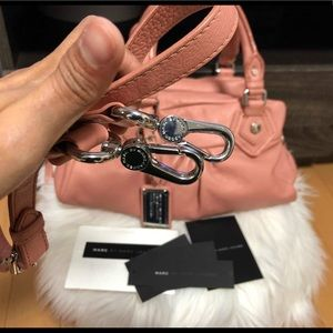 Marc Jacobs Bags - MARC JACOBS PINK LEATHER BAG EUC FIRM